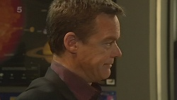 Paul Robinson in Neighbours Episode 6333
