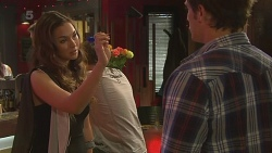 Jade Mitchell, Kyle Canning in Neighbours Episode 6338