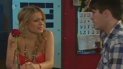 Natasha Williams, Chris Pappas in Neighbours Episode 6338