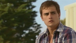 Kyle Canning in Neighbours Episode 6338