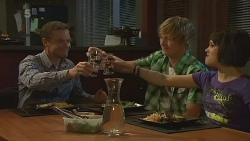 Paul Robinson, Andrew Robinson, Sophie Ramsay in Neighbours Episode 6348