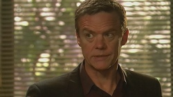 Paul Robinson in Neighbours Episode 6348