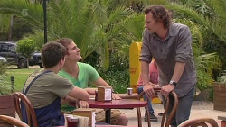 Chris Pappas, Kyle Canning, Lucas Fitzgerald in Neighbours Episode 6358