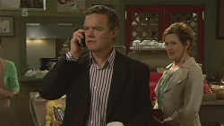 Paul Robinson, Susan Kennedy in Neighbours Episode 6358
