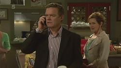 Paul Robinson, Susan Kennedy in Neighbours Episode 6358