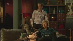 Summer Hoyland, Paul Robinson, Andrew Robinson in Neighbours Episode 6358