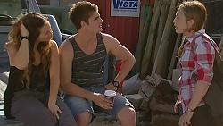 Jade Mitchell, Kyle Canning, Sonya Mitchell in Neighbours Episode 6363