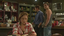 Sonya Mitchell, Rhys Lawson, Kyle Canning in Neighbours Episode 6363