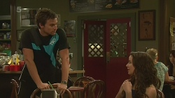 Rhys Lawson, Kate Ramsay in Neighbours Episode 6368