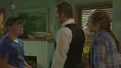 Callum Jones, Toadie Rebecchi, Sonya Mitchell in Neighbours Episode 6373
