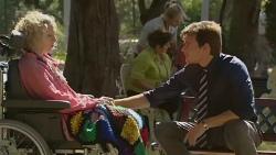 Elaine Lawson, Rhys Lawson in Neighbours Episode 6373