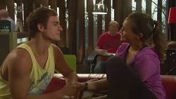 Kyle Canning, Jade Mitchell in Neighbours Episode 6373