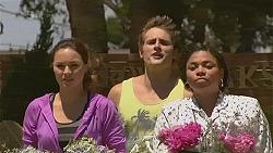 Jade Mitchell, Kyle Canning, Lottie Woods in Neighbours Episode 6373