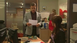Paul Robinson, Summer Hoyland in Neighbours Episode 6378