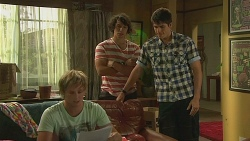 Andrew Robinson, Aidan Foster, Chris Pappas in Neighbours Episode 6378