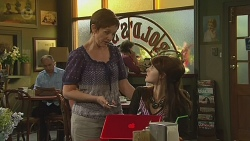 Susan Kennedy, Summer Hoyland in Neighbours Episode 6378