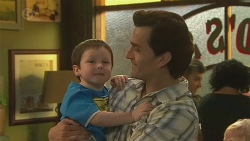 Joe Murphy, Stuart Murphy in Neighbours Episode 6383