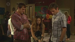Kyle Canning, Jade Mitchell, Rhys Lawson in Neighbours Episode 6388