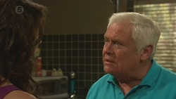 Kate Ramsay, Lou Carpenter in Neighbours Episode 6388