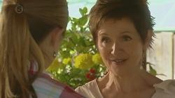 Sonya Mitchell, Susan Kennedy in Neighbours Episode 6398