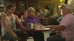 Kyle Canning, Sheila Canning, Lou Carpenter in Neighbours Episode 6398