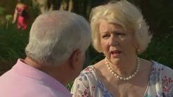 Lou Carpenter, Vera Munro in Neighbours Episode 6398