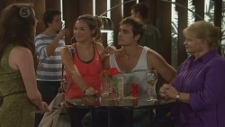 Kate Ramsay, Jade Mitchell, Kyle Canning, Sheila Canning in Neighbours Episode 6398
