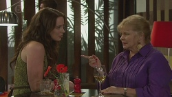Kate Ramsay, Sheila Canning in Neighbours Episode 6398