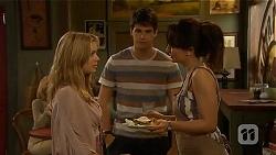 Natasha Williams, Chris Pappas, Vanessa Villante in Neighbours Episode 6408