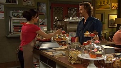 Vanessa Villante, Lucas Fitzgerald in Neighbours Episode 6413
