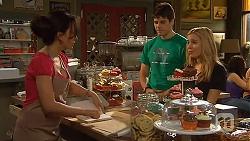 Vanessa Villante, Chris Pappas, Natasha Williams in Neighbours Episode 6413