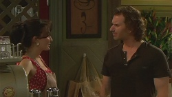 Vanessa Villante, Lucas Fitzgerald in Neighbours Episode 6416