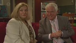 Dawn Ballantyne, Lou Carpenter in Neighbours Episode 6417