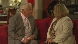 Lou Carpenter, Dawn Ballantyne in Neighbours Episode 6417