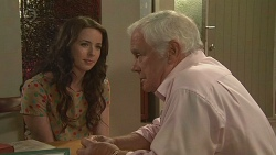 Kate Ramsay, Lou Carpenter in Neighbours Episode 6418