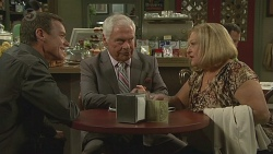 Paul Robinson, Lou Carpenter, Dawn Ballantyne in Neighbours Episode 6418