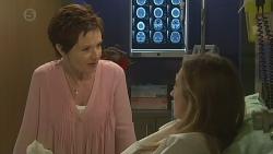 Susan Kennedy, Sonya Mitchell in Neighbours Episode 6419