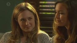 Sonya Mitchell, Jade Mitchell in Neighbours Episode 6419