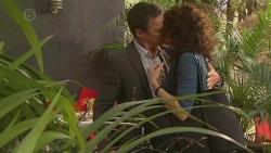 Paul Robinson, Zoe Alexander in Neighbours Episode 6419