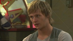Andrew Robinson in Neighbours Episode 6420