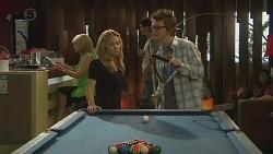 Natasha Williams, Ed Lee in Neighbours Episode 6421