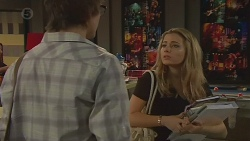 Ed Lee, Natasha Williams in Neighbours Episode 6421