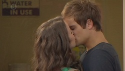 Kate Ramsay, Kyle Canning in Neighbours Episode 6421