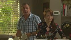 Karl Kennedy, Summer Hoyland in Neighbours Episode 6422
