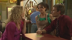 Tiffany Giles, Vanessa Villante, Rhys Lawson in Neighbours Episode 6424