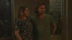Hayley Coulter, Lucas Fitzgerald in Neighbours Episode 6425