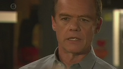 Paul Robinson in Neighbours Episode 6425