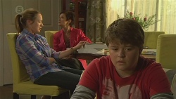 Sonya Mitchell, Susan Kennedy, Callum Jones in Neighbours Episode 6426