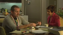 Toadie Rebecchi, Susan Kennedy in Neighbours Episode 6427