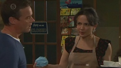 Paul Robinson, Vanessa Villante in Neighbours Episode 6427